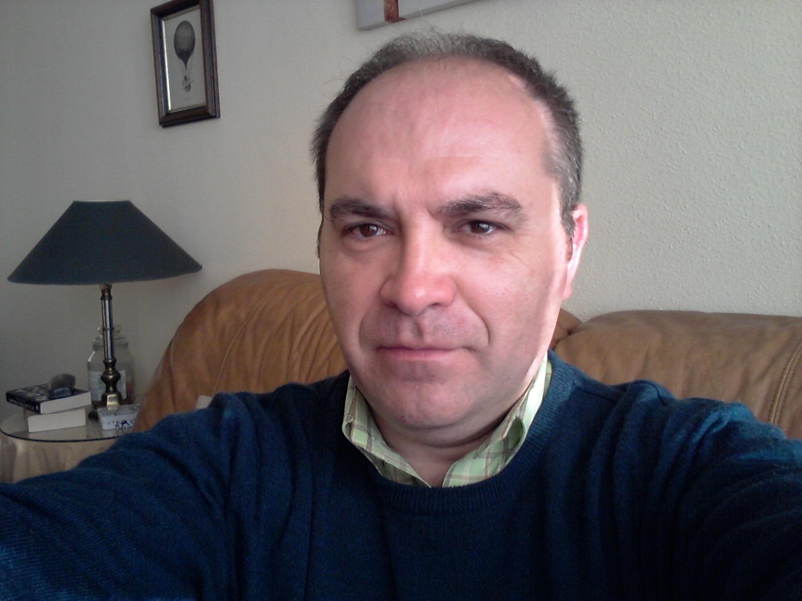 Santiago M  Cuadrado Rodríguez