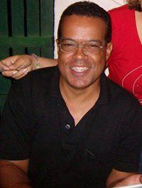 Elvis  Simeão